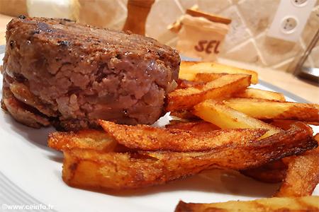 Recette Steak haché amélioré aux oignons, anis, cannelle et coriandre