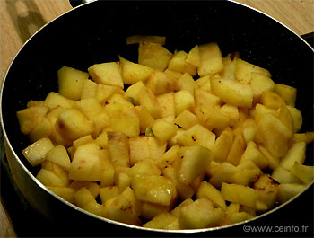 Recette Gâteaux aux pommes cuit à la poêle