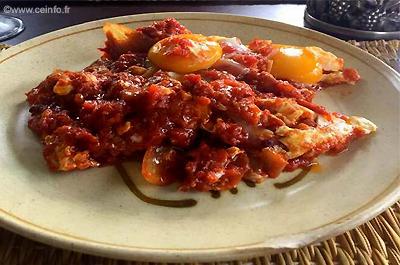 Recette Oeufs à la tomate à l'Andalouse - Façon Eddy