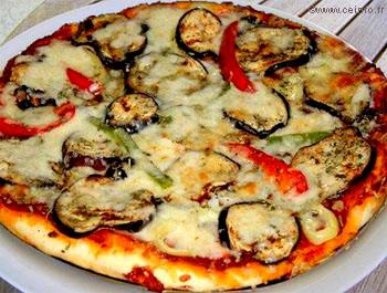 Recette Pizza aux aubergines et mozzarella