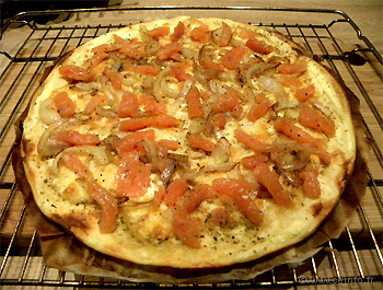 Recette Pizza blanche au saumon fumé et mozarrella