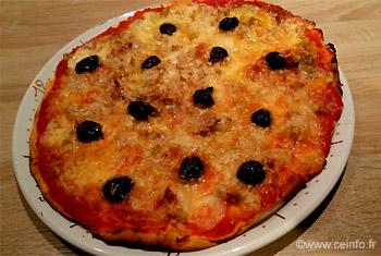 Recette Pizza thon, mozzarella, comté