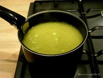 Recette Soupe oignon et persil aux vermicelles