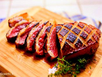 Magret de canard au barbecue recettes base de volaille - Magret de canard grille au four ...